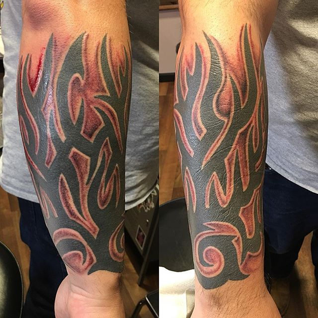 Shaded behind some existing #tribaltattoos #greywash #shadedtattoo #blacktattoos
