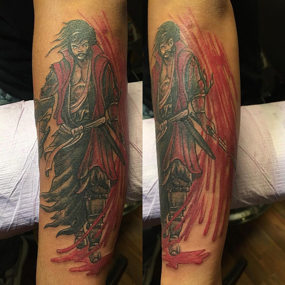 Walk in #samuraitattoo #ronintattoo #blackandred #warriortattoo #tattoobliss